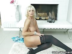 Mature Milf Mom Old And Young (18+)