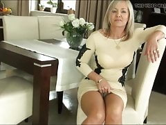 Cumshot latina Mature Mom