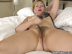 Granny Mature Milf Mom