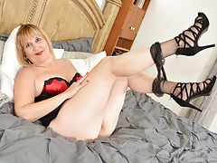 Mature Milf Mom Nylon