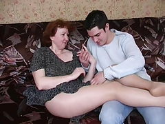 Amateur Hairy Mature Mom