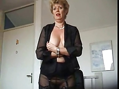 Homemade Mature Mom Nylon