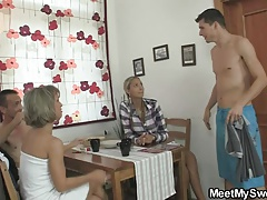 Girlfriend Mature Mom Old And Young (18+)