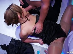 Babe Blowjob Group handjob