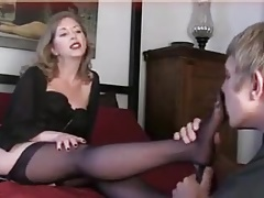 Feet Masturbation Mom Old And Young (18+)